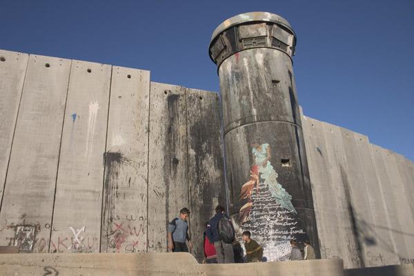 Santa's Ghetto Bethlehem, Swoon